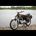 ROYAL ENFIELD Bullet Deluxe